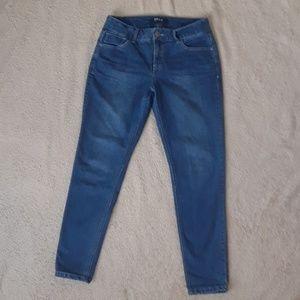 Beau Dawson Skinny Jeans size 6 EUC